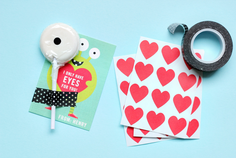 DIY Eyes for You Classroom Valentines – Class Valentines Cards